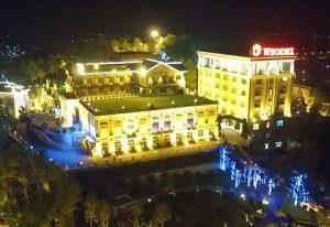 Phoenix Hotel & Resort
